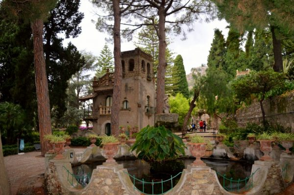 Botanical gardens in Taormina