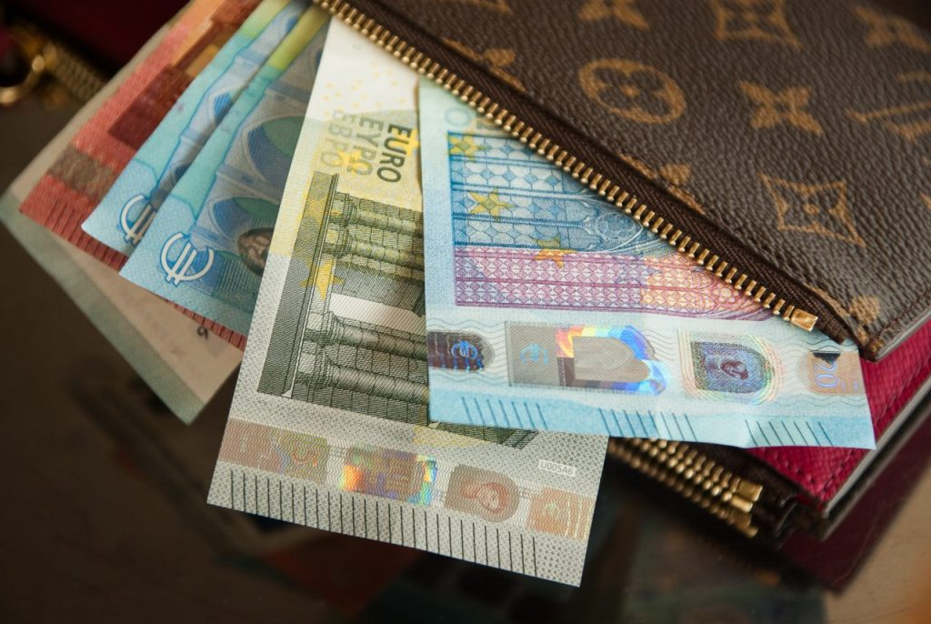 Carry multiple currencies when traveling
