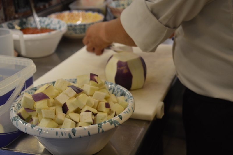 Cutting Eggplant into cubes