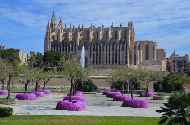 What to do Palma: Visit the main Majorca Cathedral