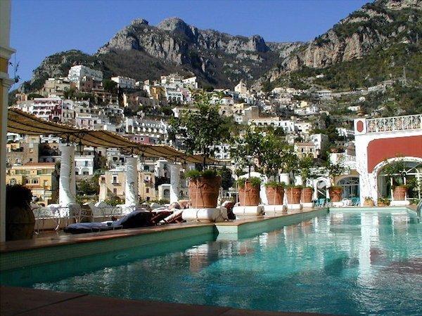 Pool at Le Sirenuse hotel in Positano
