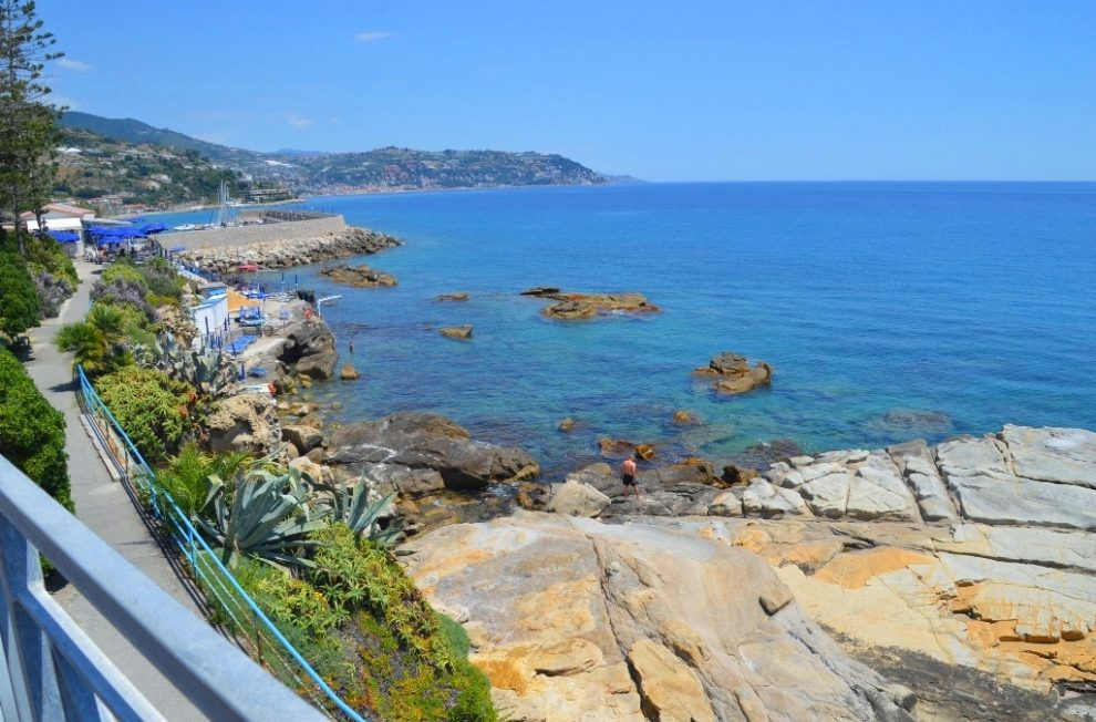 day trips from Nice, France to Bordighera Italy