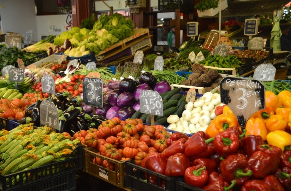 Day trip to Ventimiglia from France to the Covered Vegetable Market