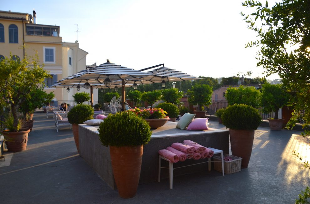 Stay at Ponte Sisto hotel to be near Lungo il Tevere