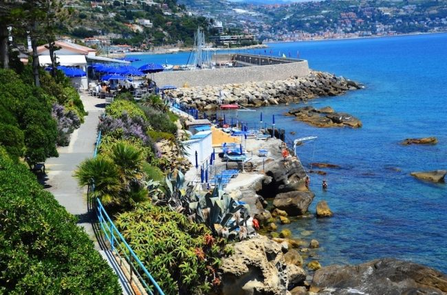 day-trips-from-nice-france-to-italy