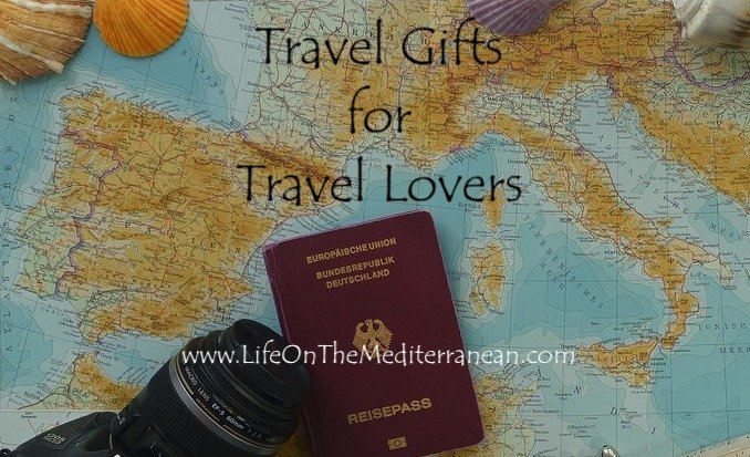 unique-travel-gifts-for-someone-going-travelling