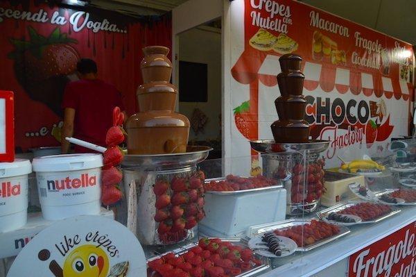 Chocolate stand Lungo il Tevere Rome
