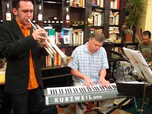 Traditional jazz at Caves Romagnon