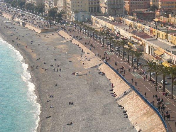 Walk the Promenade des Anglais