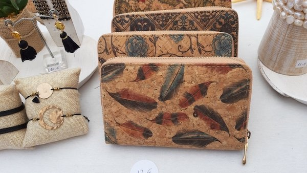 Cork purses and handmade jewelry in Alcudia Market