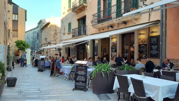 Dining in Alcudia Old Town