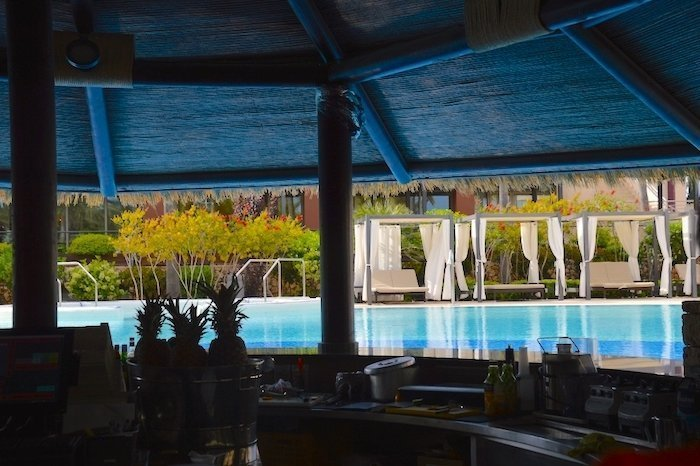 5* Protur Biomar Gran Hotel & Spa swim-up bar