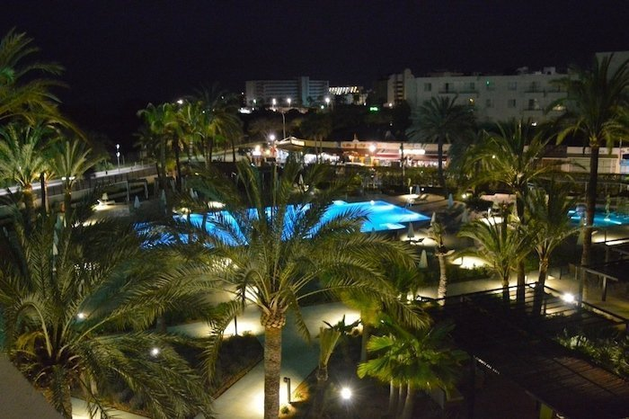 Sa Coma Playa night pool