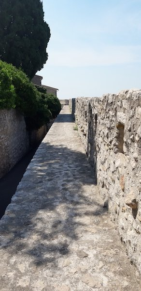 Rampart wall walk in St Paul de Vence