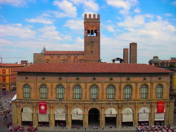top things to do in Bologna Italy - check out the views