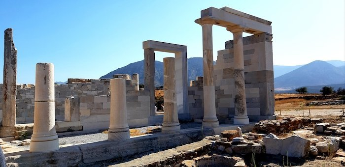 Things to seen in Naxos - Temple to Demetra