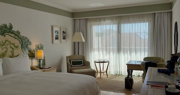 Room at the Pine Cliffs Resort