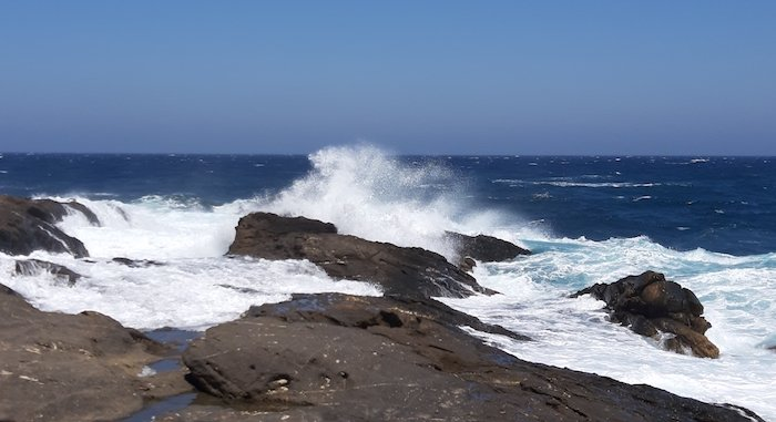 Rough seas in Apollonas Naxos